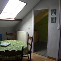 Studio Apartment ( 5 Adults)