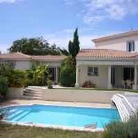 Hotel Pictures: Villa Belle Maison Individuelle Avec Piscine, Royan