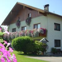 Hotel Pictures: Gästehaus Jedinger, Oberhofen am Irrsee