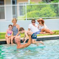 One-Bedroom Villa - Poolside