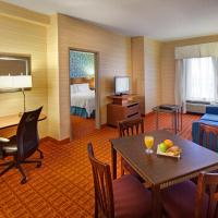 Executive One-Bedroom Suite with Kitchenette