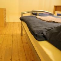 Apartment (4 Single Beds)