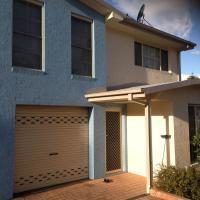 Three-Bedroom House - No Linen Provided