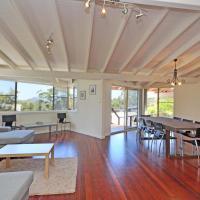 Three-Bedroom Holiday Home - No Linen Provided