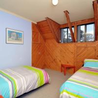 Five-Bedroom Holiday Home - No Linen Provided