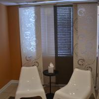 Jr. Queen Room with Shared Bath (Tranquility)
