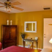 Luxury Queen Room (Stanza 6)