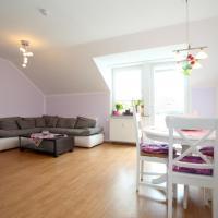Hotel Pictures: 4956 Privatapartment WiFi Am Leinkamp, Laatzen