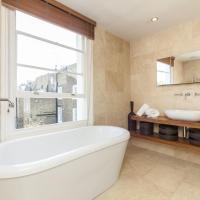 Three-Bedroom Apartment - Abingdon Road III