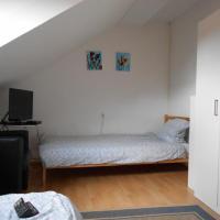 Hotel Pictures: MyBetterPlace - Hösbach 8-9 Gäste, Hösbach