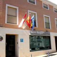 Hotel Pictures: Hostal La Granja, Yunquera de Henares