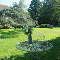 Hotel Pictures: Maison Prairie Bonheur, Magny-les-Hameaux