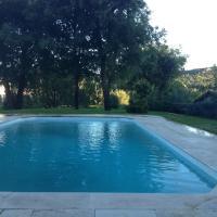 Hotel Pictures: Apartement à La Bouilladisse, La Bouilladisse