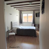 Hotel Pictures: L'auberge Aux Trois Marcassins, Belleville