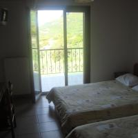 Single Room with Meteora View
