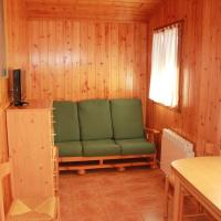 One-Bedroom Bungalow (1-2 Adults)