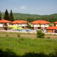 Hotel Pictures: Aelea Complex, Zemen