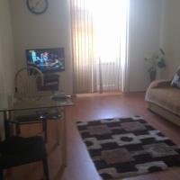 Hotel Pictures: Apartment Niyazi 5, Baku