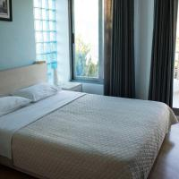Single Room with Balcony and Partial Sea View