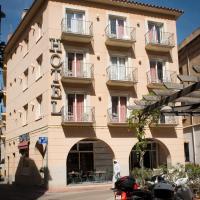 Hotel Pictures: Hotel Plaça, Sant Feliu de Guixols
