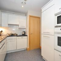 One-Bedroom Apartment -Cursitor Street -