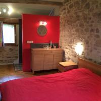 Hotel Pictures: Le Moulin de Douzy, Lesterps