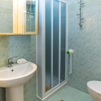 One-Bedroom Apartment with Balcony (4 Adults) - Cond. Ai Pini