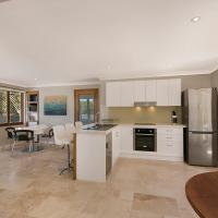 Hotel Pictures: 2/24 Kingfisher Drive, Peregian Beach