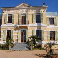 Hotel Pictures: Le Bleu d'Azur, Golfe-Juan