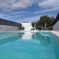 Hotel Pictures: Casa Rural El Alpende, El Islote