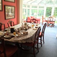 Hotel Pictures: Kingswood Cottage, Lyndhurst