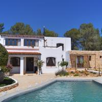 Hotel Pictures: Can Bliss B&B, Cala Llenya