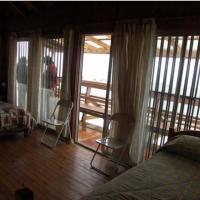 Hotel Pictures: Casa 132 El Quisco limite El Canelo, El Quisco