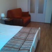Hotel Pictures: Apartment on Chaylytko 17, Minsk