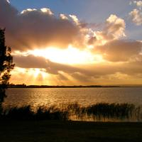 Hotel Pictures: Sunset Cottage, Clayton Bay
