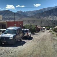 Hotel Pictures: La Morena, Tilcara