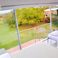 Triple Room with Balcony and Pool View