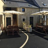 Hotel Pictures: DDay Holiday Home near Bayeux, Nonant