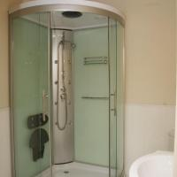 Rose de Mai Double Room with Shower