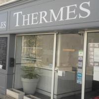 Hotel Pictures: Hôtel Les Thermes, Jonzac