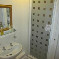 Double Room with En Suite Shower