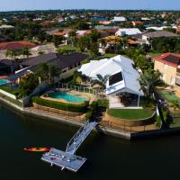 Hotel Pictures: Dugong Retreat on Bribie, Banksia Beach