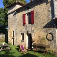 Hotel Pictures: Gite Pigeonnier, Cercles