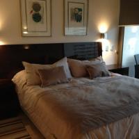 Hotel Pictures: Apartamento Avenida Kennedy, Santiago