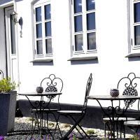 Hotel Pictures: Solkrogens B&B, Marstal