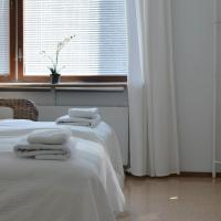 Hotel Pictures: Guesthouse Lakisto, Espoo