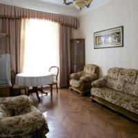 Two-Bedroom Apartment - Kryvonosa Street 7
