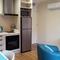 Apartment with Balcony (Maximum 2 Guests)
