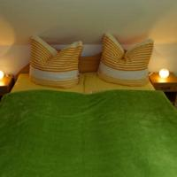 Hotel Pictures: Pankow Apartment, Berlin