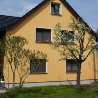 Hotel Pictures: Apartment Zum Keulenbergblick, Laußnitz